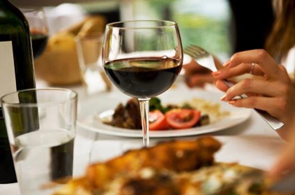 Paulettes-Restaurant-Wine-Bar