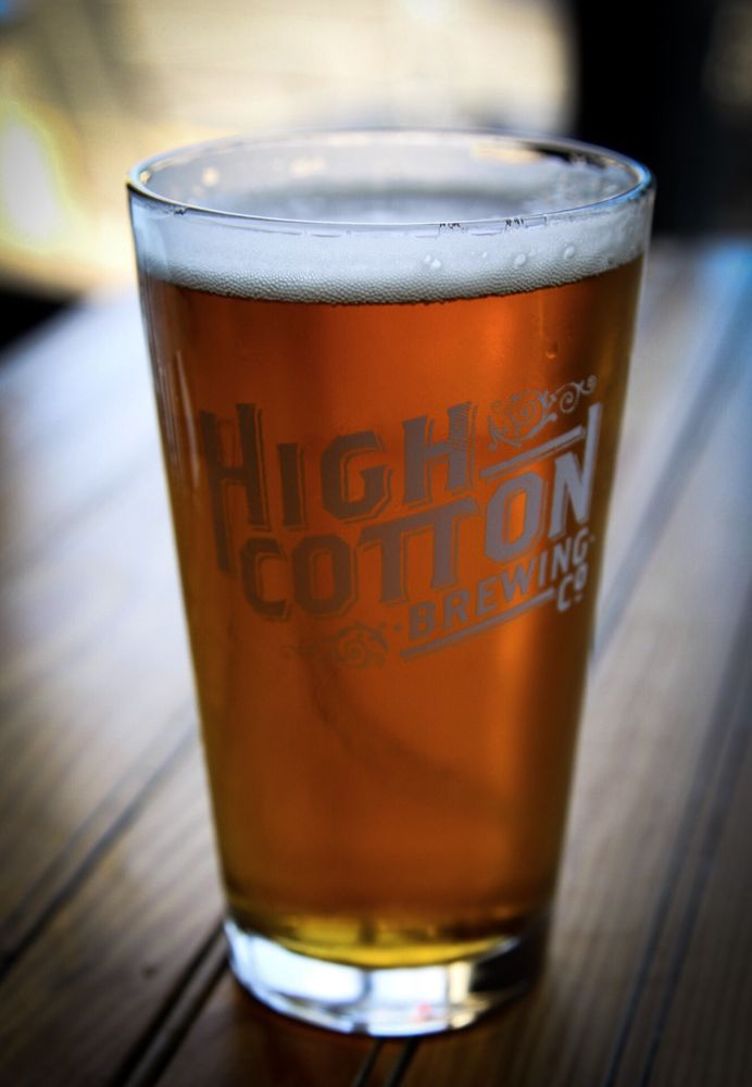 high cotton brewing co taproom memphis 2